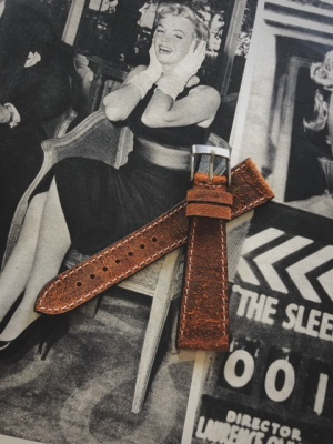 Mohawk leather strap Leather colour: Coach